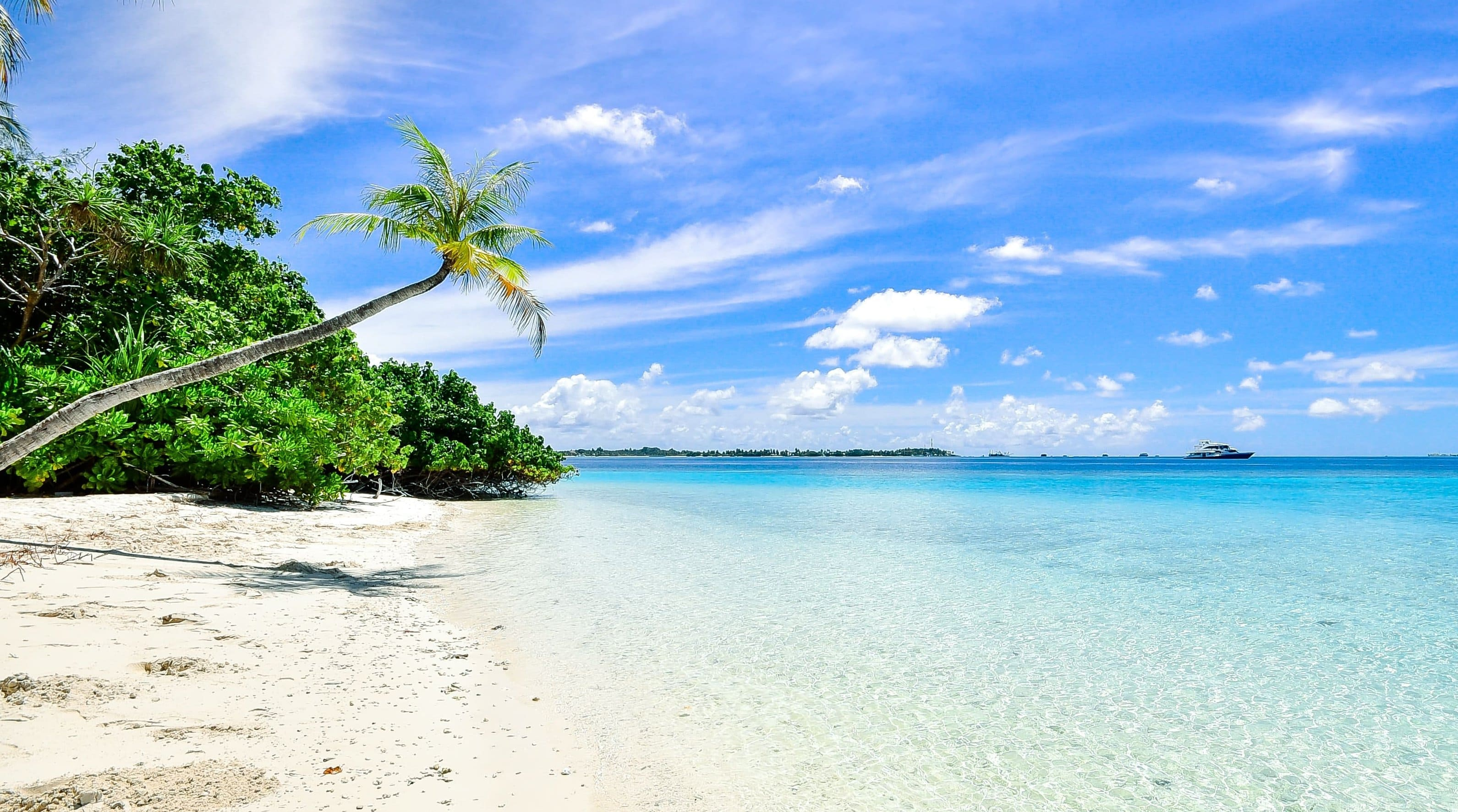 Самые красивые пляжи мира. Куда отправиться в незабываемое путешествие?