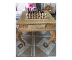 Столик шахматный резной ручной работы.